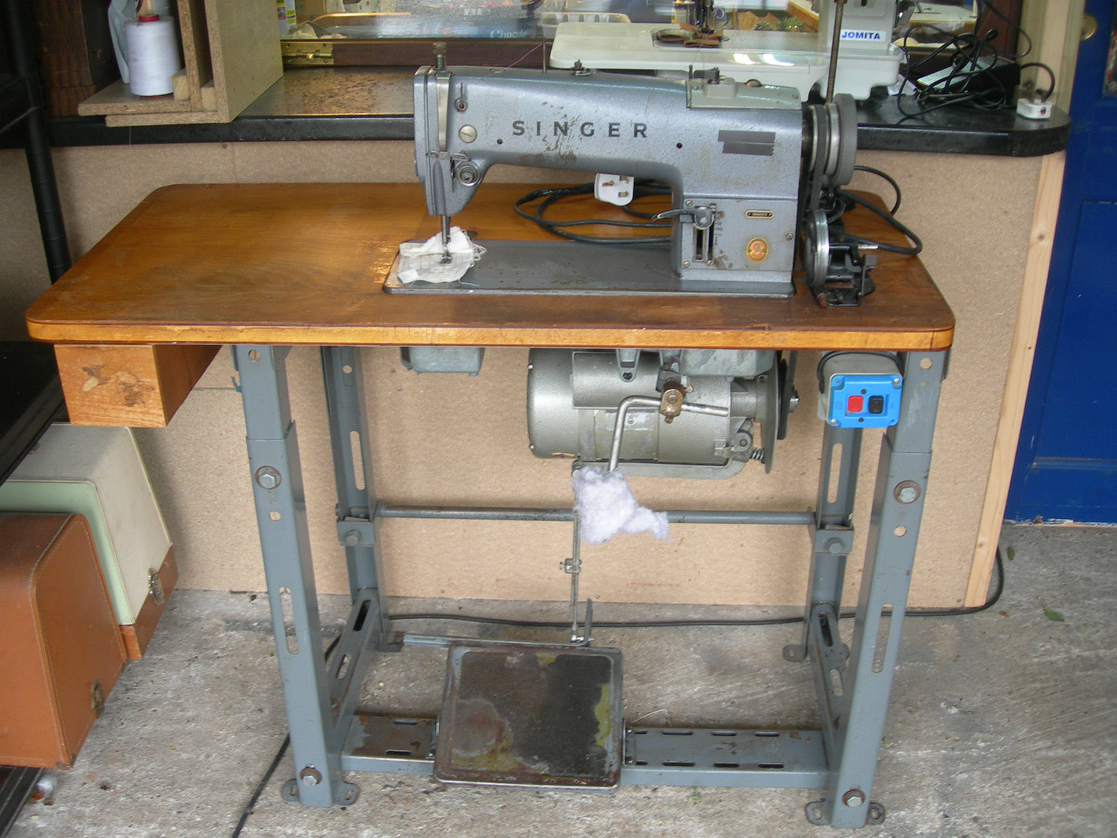 sewer sewing machine